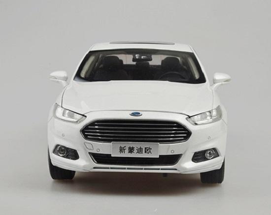 โมเดลรถ โมเดลรถเหล็ก โมเดลรถยนต์ Ford Mondeo 2013 ขาว 4