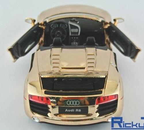 โมเดลรถเหล็ก โมเดลรถยนต์ Audi R8 ทอง 5