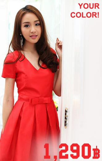 เดรสไปงาน ผ้าไหมคอวี จีบทวิชรอบตัว สีแดง