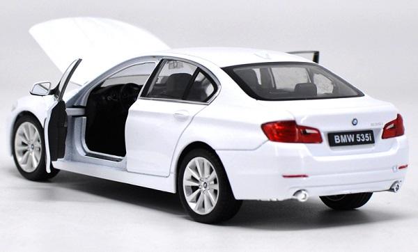โมเดลรถ โมเดลรถยนต์ โมเดลรถเหล็ก bmw 535i white 3