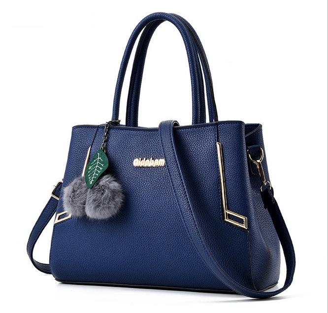 [ Pre-Order ] - กระเป๋าแฟชั่น ถือ/สะพาย สีน้ำเงินเข้ม ทรงตั้งได้ ดีไซน์สวยเรียบหรู ดูดี งานหนังคุณภาพ ช่องใส่ของเยอะ
