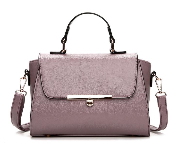 [ พร้อมส่ง ] - กระเป๋าถือ/สะพาย ใบกลางๆ สีม่วงอ่อน ดีไซน์สวยเรียบหรู ดูดี งานหนังมันเงาสวย คุณภาพดีค่ะ