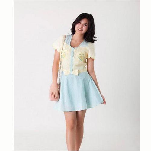 [[พร้อมส่ง]] Set0359 : Set เสื้อ+กระโปรง สุดน่ารักใส่แยกหรือเป็นเซตก็ได้คะ สุดคุ้มเลยเซตนี้!!! / เสื้อเหลือง+กระโปรงฟ้า