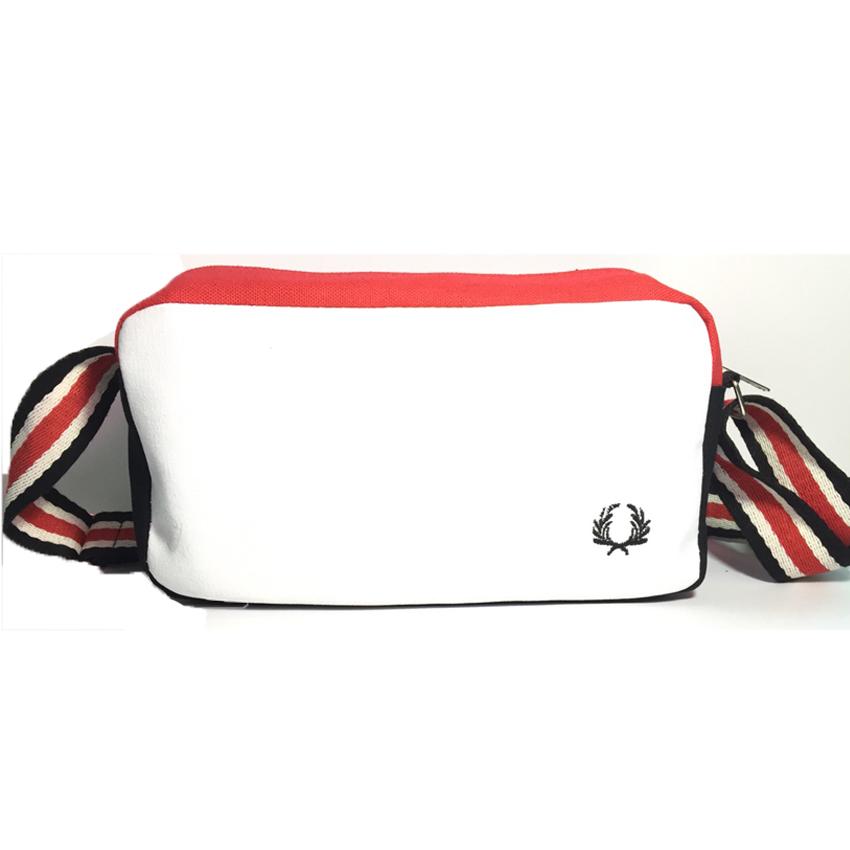 พร้อมส่ง!!! fashion กระเป๋าสะพาย รุ่น 02