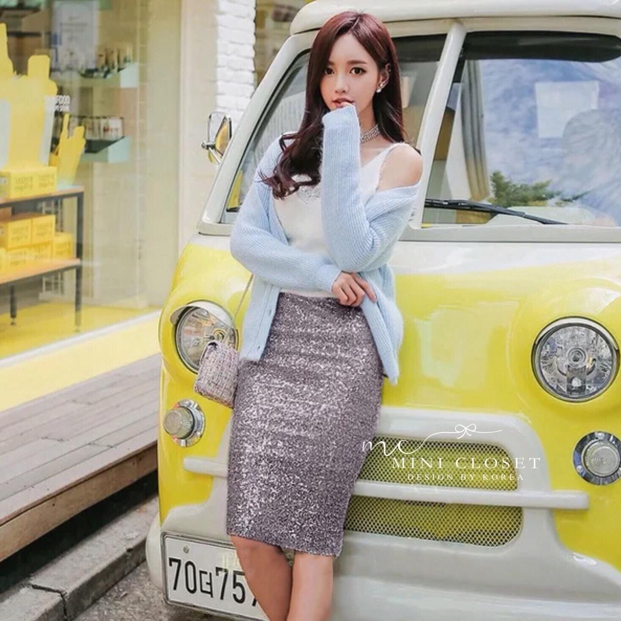 เสื้อผ้าเกาหลีพร้อมส่ง งานกระโปรงเลื่อมวิ้งว๊าง