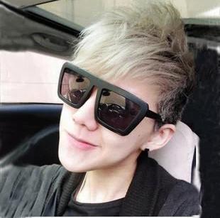 แว่นตากันแดดแฟชั่นเกาหลี กรอบดำด้าน สี่เหลี่ยมคางหมู