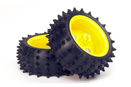 Spike Tire Set – 65mm Diameter for TAMIYA