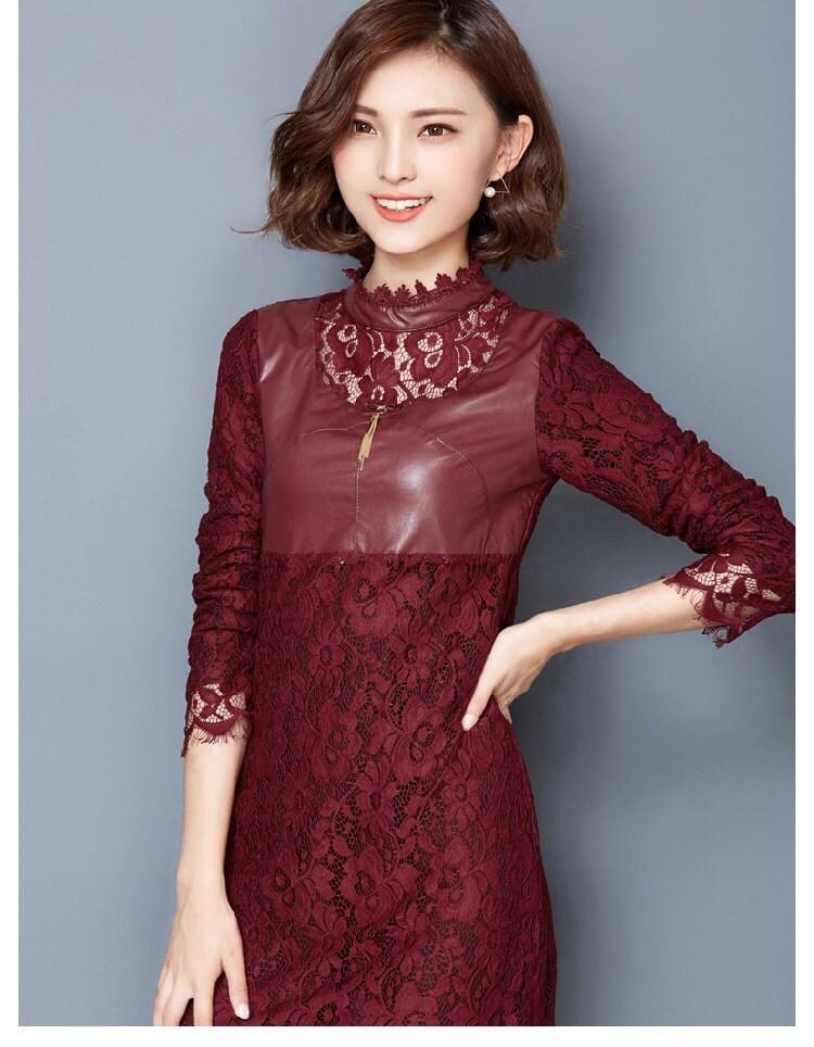 [พร้อมส่ง]เดรสไสตล์เกาหลี ดีเทลผ้าลูกไม้เนื้อดีละเอียด คอติดแขนยาว ต่อผ้าหนังสีแดงเลือดหมูช่วงหน้าอก ทรงตรงสวย ติดซิปด้านหลัง ใส่สบาย การตัดเย็บเรียบร้อย คุณภาพดีค่ะรหัสMN8