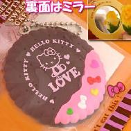 ที่ห้อยมือถือ Kitty Biscuit (Black Berry) ด้านหลังมีกระจก หนึ่งในคอลเลคชั่น Kitty's Kawaii Cafe ค่ะ