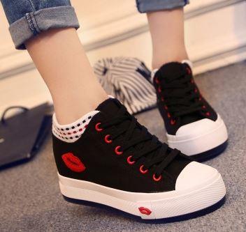 รองเท้าผ้าใบหุ้มข้อพื้นหนาแฟชั่นเกาหลี