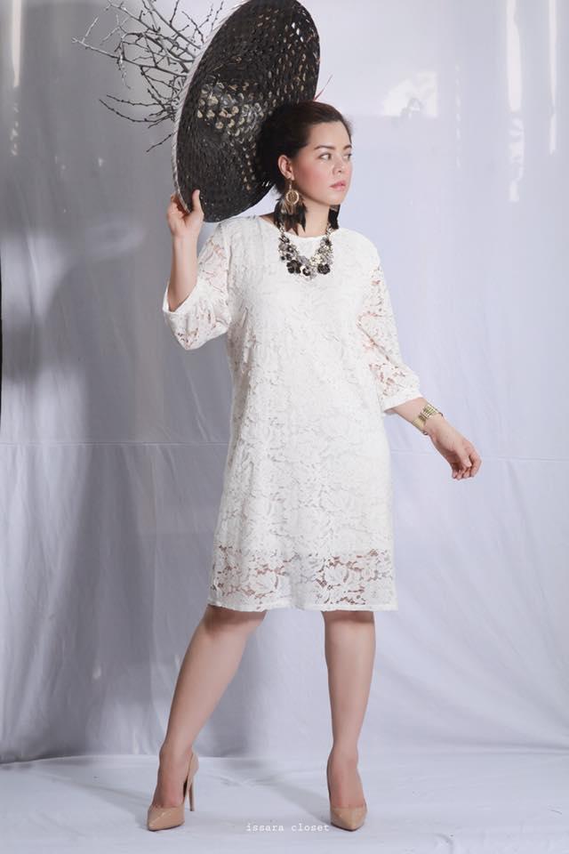 Dress Lace Mellow สีขาว (พร้อมส่ง )