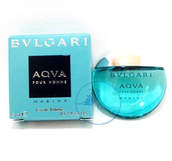 Bvlgari Aqva Pour Homme Marine EDT 5 mL ความสดชื่นที่ล้ำลึกในมหาสมุทร ออกแบบมาในรูปทรงของก้อนหินอันล้ำค่า ให้กลิ่นดอกโรสแม่รี่ อ่อนๆ