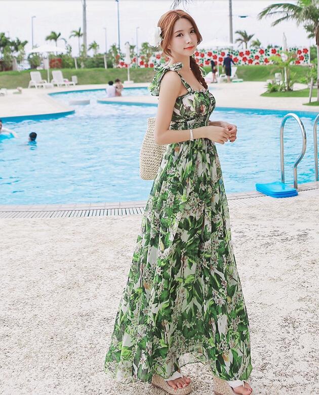 ชุดไปเที่ยวทะเล โทนสีเขียว ลายดอกไม้ สวยๆ สวมใส่สบายๆ