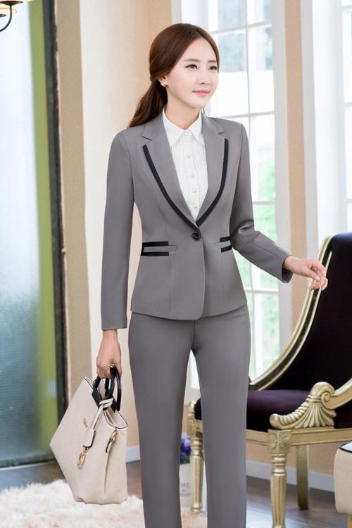 (สินค้าหมด) เสื้อสูทแฟชั่น เสื้อสูทผู้หญิง สีเทา แขนยาว เข้ารูป คอปก แต่งขลิบสีดำ