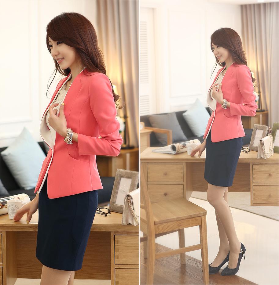 เสื้อสูทแฟชั่น เสื้อสูทผู้หญิง สีชมพู แขนยาว ด้านหน้าแต่งผ้าสีขาวไว้ด้านใน