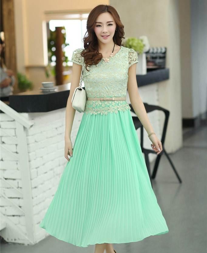 ชุดกระโปรงยาวสีเขียว ผ้ายืด