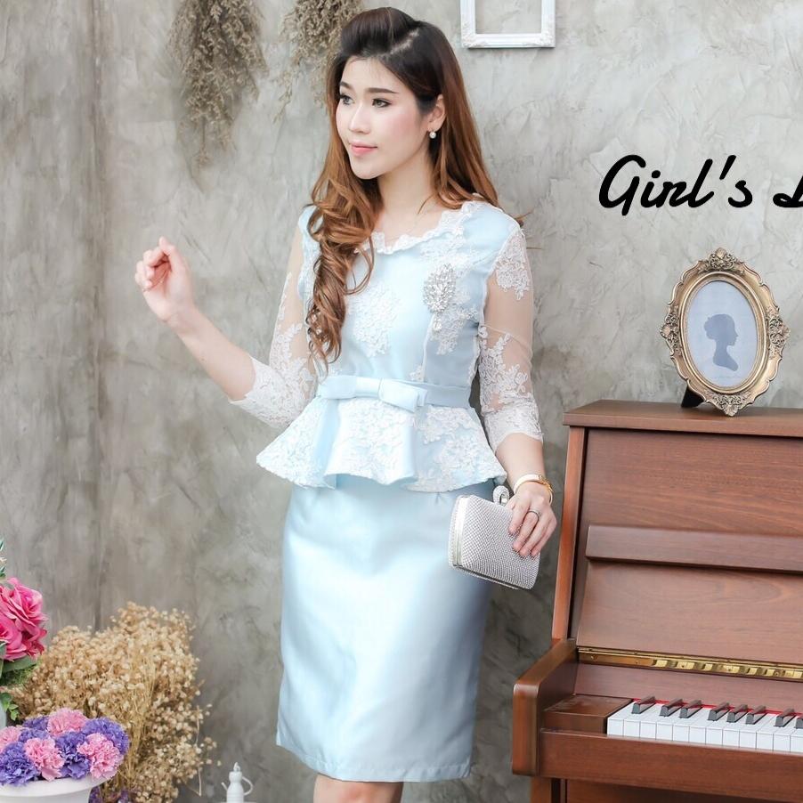 ชุดเดรสสีฟ้าใส่ออกงาน ไปงานแต่งงาน แนวสวยหวาน เรียบหรู เข้ารูป ผ้าลูกไม้ + ผ้าไหมอิตาลี มีของพร้อมส่ง
