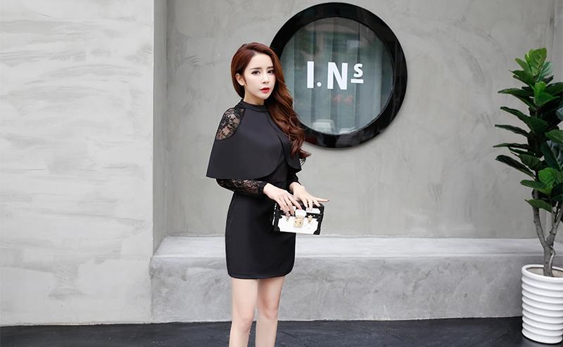ชุดเดรสสั้นสีดำ