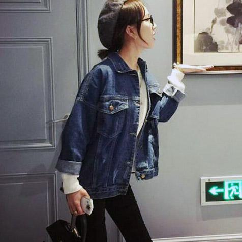 เสื้อยีนส์ผู้หญิง แจ็คเก็ตยีนส์ เสื้อคลุมยีนส์ เท่ๆ แขนยาว หลวมๆ แฟชั่น Street