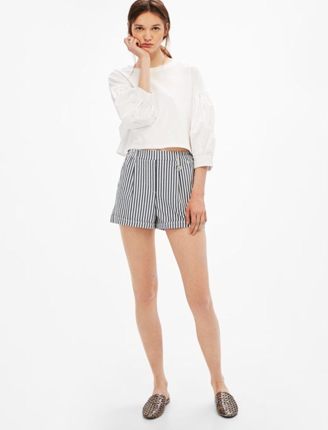 Bershka Tailored Bermuda shorts with metallic ring