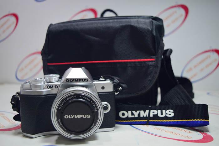 ขาย กล้องรุ่นใหม่ Olympus OMD EM10 Mark lll สภาพ 99% เก็บมากกว่าใช้ ประกันยาว