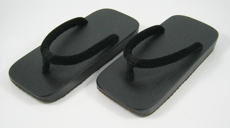 Slim Geta-05 รองเท้าเกี๊ยะแบบเรียบไม้สัดำ เชือกดำ