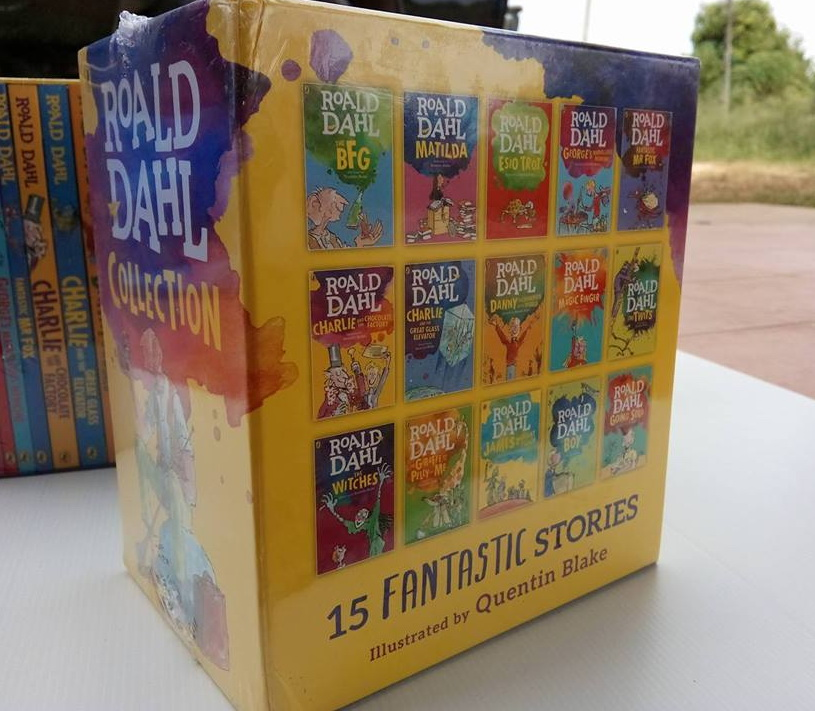 Roald Dahl 15เล่มพร้อมกล่อง 3000รวมอีเอมเอส