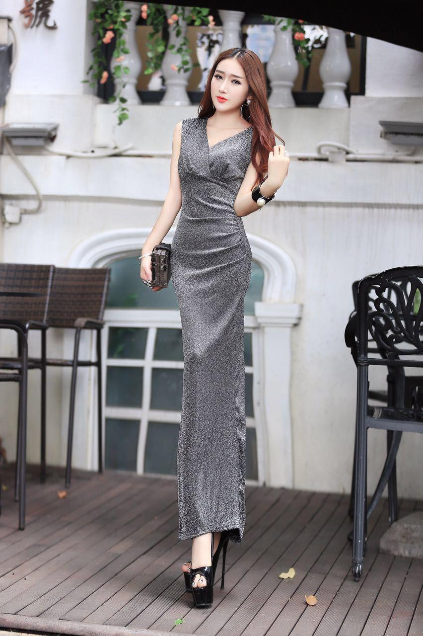 ชุดเดรสยาวไฮโซแฟชั่นเกาหลีสีเงินสวยๆ