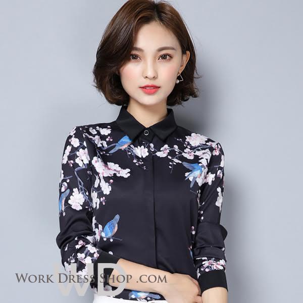 Preorder เสื้อทำงาน สีดำ คอปก พิมพ์ลายดอกไม้