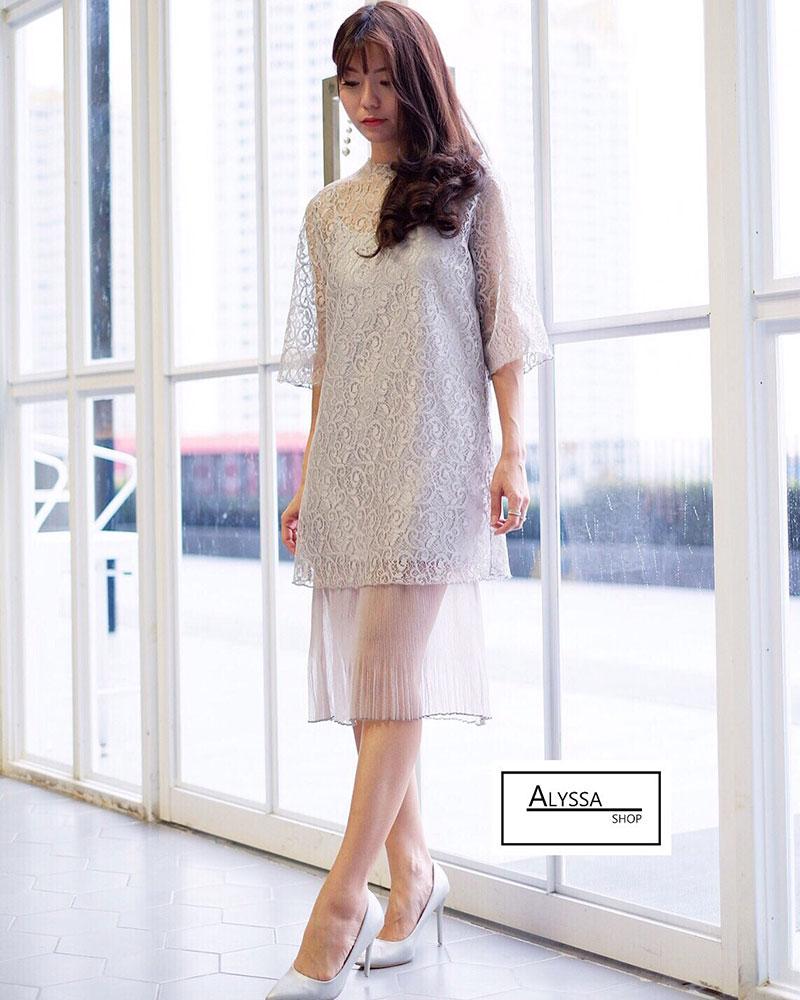 เดรสลูกไม้ Lace Dress Koreastyle