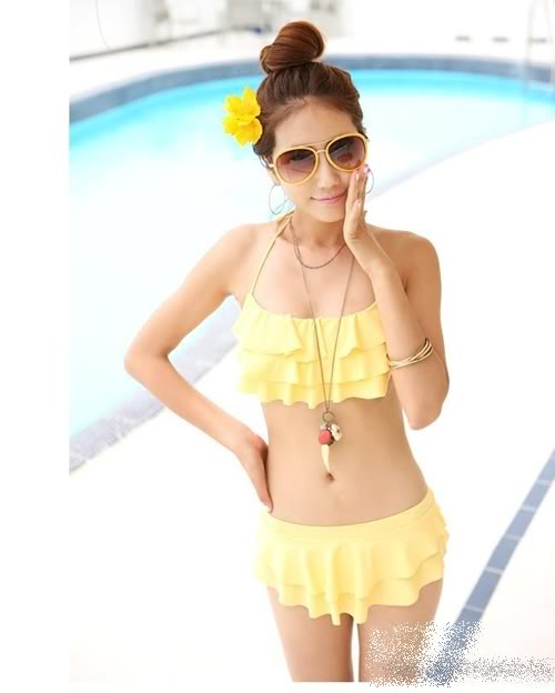 พร้อมส่ง]BKN-007 -- สีเหลือง -- ชุดว่ายน้ำบิกินี่ทูพีช แต่งระบายชั้นๆน่ารัก