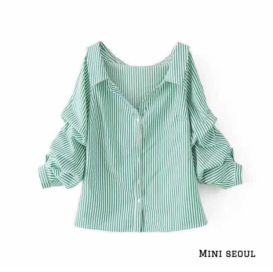 ZR Stripe Shirt เสื้อเชิ๊ตทรงไหล่ตกแขนพอง