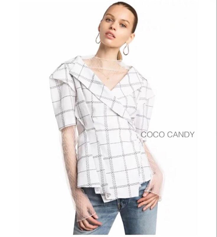 เสื้อแฟชั่น Korea Collar Checked Top สีขาว