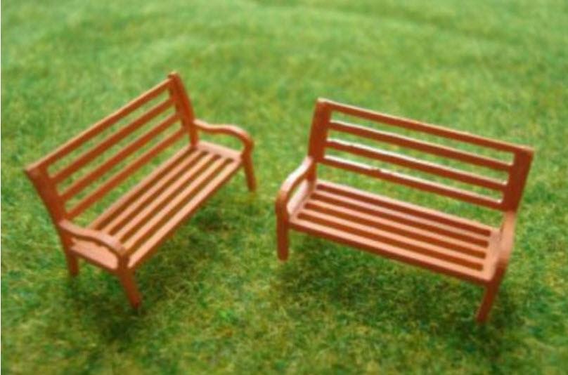 ม้านั่งยาว สีน้ำตาล (สเกล 1:87) ชุด 5 ตัว