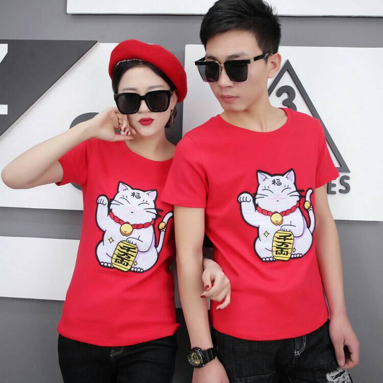 เสื้อยืดแฟชั่นสีแดงลายแมวกวัก