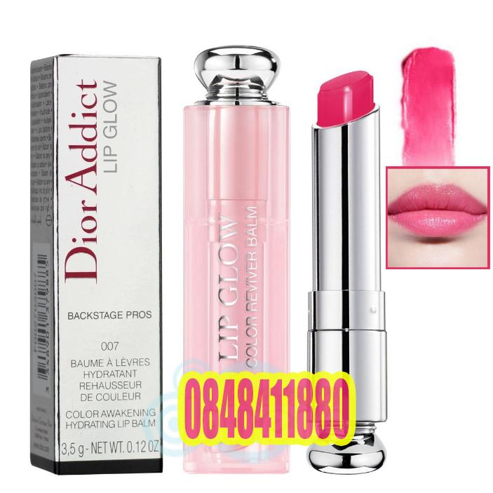 Dior Addict Lip Glow Backstage Pros Color Reviver Balm SPF10 ปกติ 3.5 g #007 Raspberry ลิปบาล์ม บำรุงริมฝีปากเนื้อนุ่ม เรียวปากเอิ่บอิ่ม พร้อม SPF 10 ช่วยป้องกันแสงแดด มอบความชุ่มชื่นให้ริมฝีปากดูอวบอิ่ม ช่วยให้ริมฝีปากไม่แห้งกร้าน หรือแตกเป็นขุย ช่ สำเ