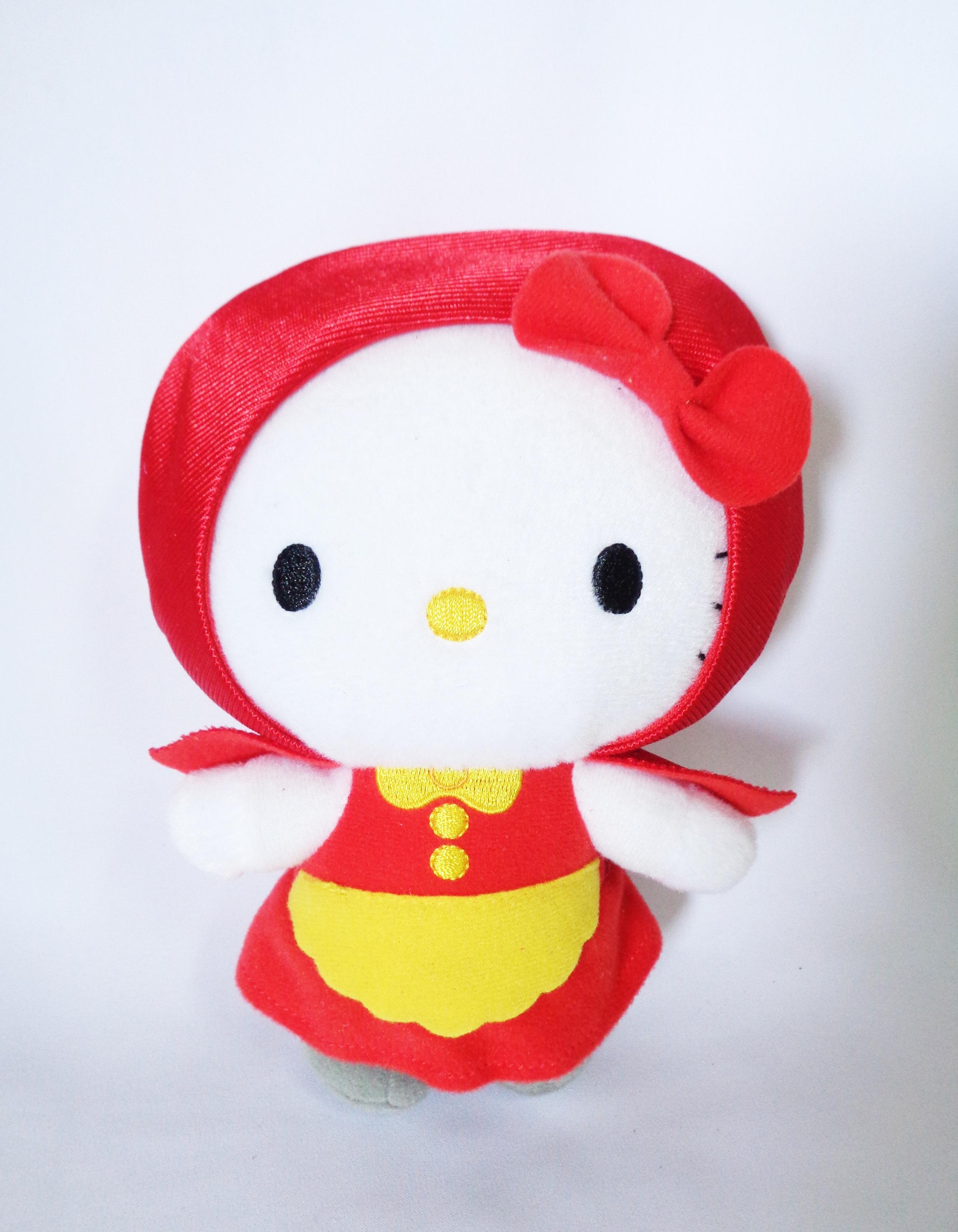 ตุ๊กตา Hello Kitty Fairy Tales-Little Red Riding Hood