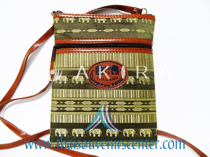 ของฝากจากไทย กระเป๋าสะพายลายช้างสายหนัง แบบ 6 สีเขียว