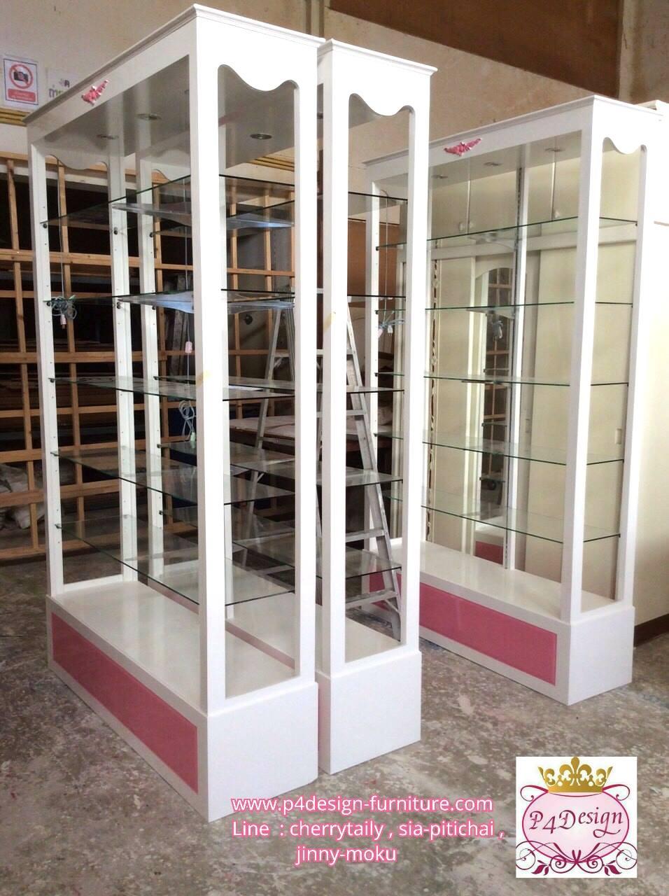 ตู้โชววินเทจสีขาวสำหรับตกแต่งบ้านเเละร้านค้า