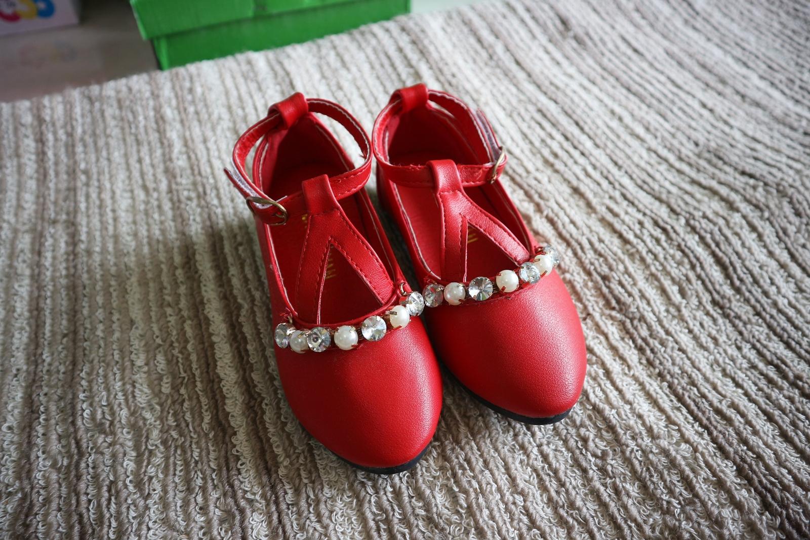 รองเท้าเด็ก คัทชูเด็กสีแดง ไซส์ 30