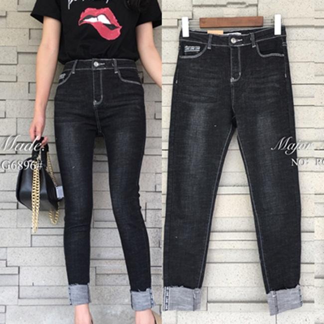 กางเกงแฟชั่น กางเกงยีนส์ทรงขาพับ สีดำเข้มสวย ฟอกสีสวย เอวสูง
