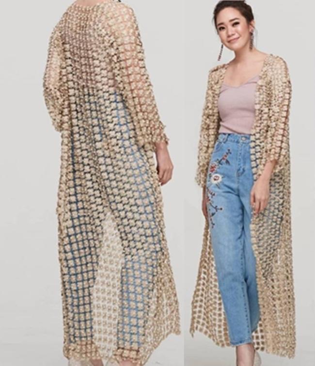 เสื้อแฟชั่น เสื้อคลุมตัวยาว ผ้าดิ้นไหมถักทอเป็นผ้าตาข่ายสลับลายดอกซีทรู มี 4 สี