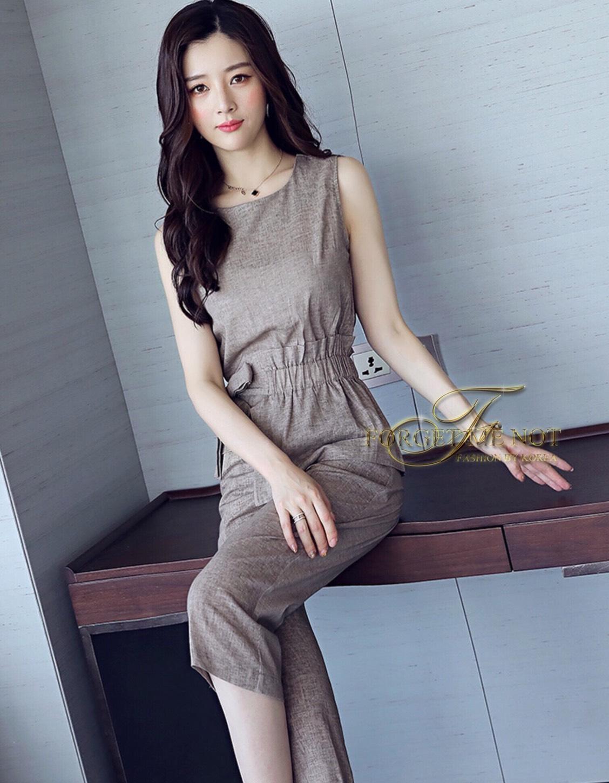 ชุดเซทแฟชั่น ชุด Set 2 ชิ้น เสื้อคอกลม แขนกุด+กางเกงขายาว 7 ส่วน ตัวเสื้อเปนเสื้อคอกลม แขนกลม