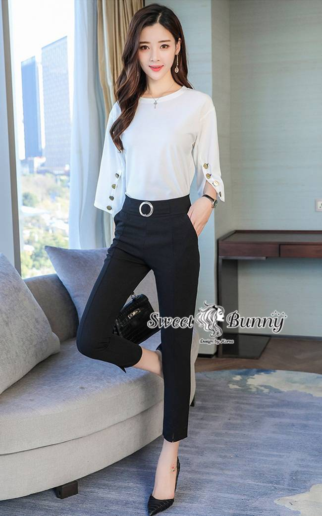 ชุดเซทแฟชั่น ชุดเซ็ทเกาหลีเสื้อ+กางเกง+เข็มขัด เสื้อผ้าสีขาวเนื้อดี