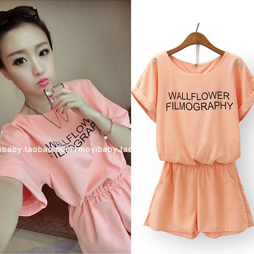 ++สินค้าพร้อมส่งค่ะ++ Jumpsuit กางเกงขาสั้นเกาหลี คอกลม แขนค้างคาว ผ้าชีฟองเนื้อมุกสวย พิมพ์ตัวอักษรด้านหน้า น่ารัก – สีส้ม