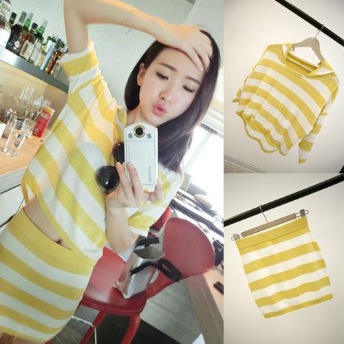 ++สินค้าพร้อมส่งค่ะ++ชุด sport set เกาหลี เสื้อแขนสั้น มี hood ผ้า cotton พิมพ์ลายริ้ว+กระโปรงสั้น เอวจั้มแบบยางยืด – สีเหลือง