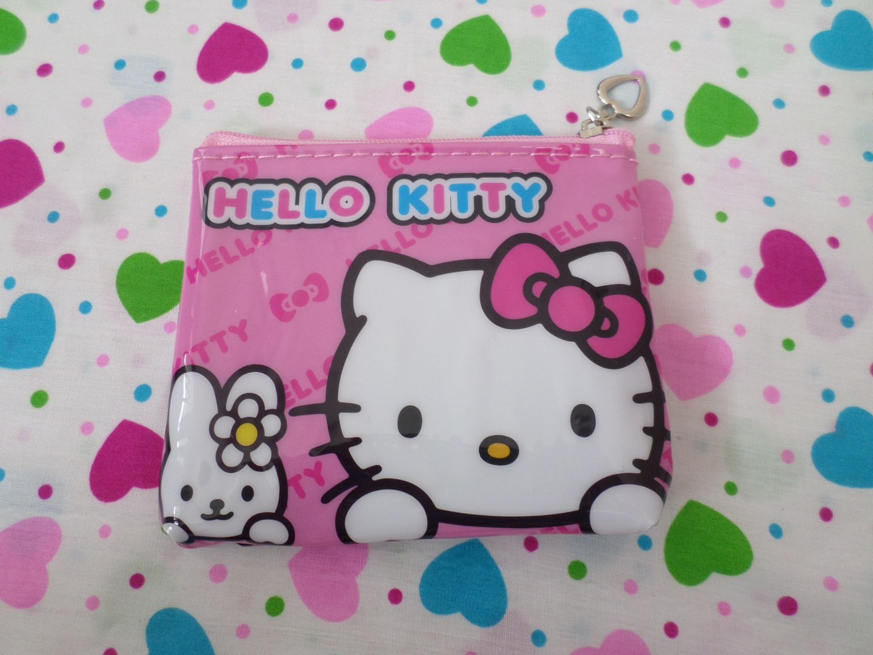 กระเป๋าใส่เศษสตางศ์ใบเล็ก คิตตี้ kitty-4 ขนาดยาว 11 ซม. x สูง 9 ซม. ด้านบนมีช่องซิป 1 ช่อง