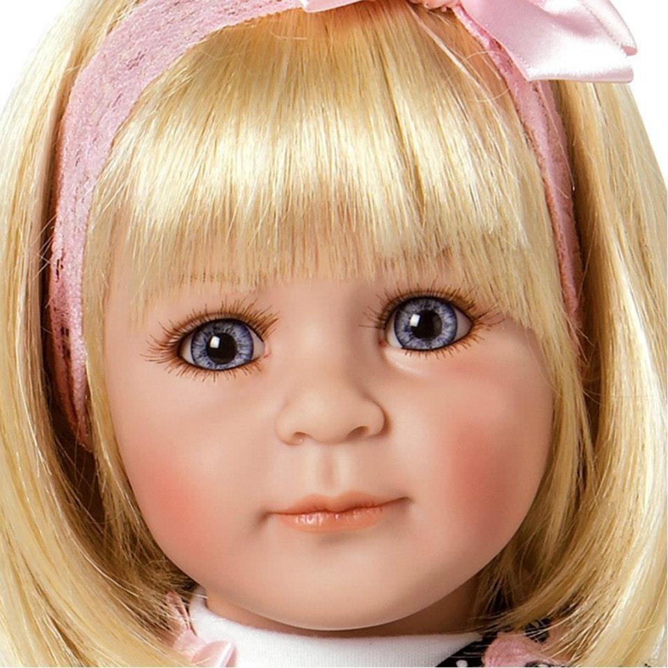 Adora dolls / Oink/32