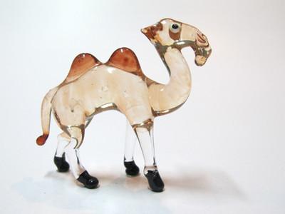 อูฐแก้วเป่า Glass Figurine Camel