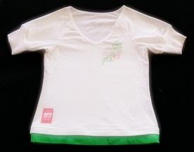 GSH-302 (8-10Y) เสื้อ Purenrg สีขาวผ้า Spandex ตัดต่อชายสีเขียว ติดเลื่อมเงินที่ลายแบรนด์ Pure MRG